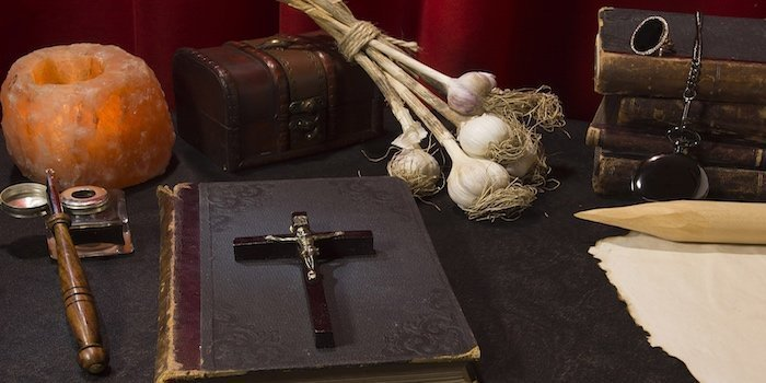 Usturoi servit cu magie, traditii si superstitii