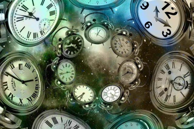 Timp, timpuri paralele, linii temporale